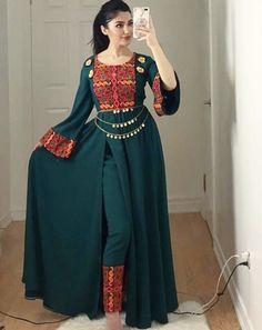 fashion Designer punjabi suits Laminate Flooring – a good floor choice Until quite recently, most UK Lehenga Designs, Kurta Designs, Kurti Designs Party Wear, Blouse Designs, Stylish Dress Designs, Designs For Dresses, Stylish Dresses, Casual Dresses, Fashion Dresses