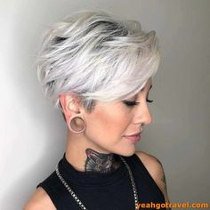 33 Perfect Short Hairstyles To Get A Beautiful Look In 2019 - Yeahgotravel.com Short Hairstyles For Thick Hair, Short Pixie Haircuts, Short Hair With Layers, Short Hair Cuts For Women, Short Hair Styles, Short Hair Over 50, Hairstyle Short, Grey Hair For Over 60, Short Womens Hairstyles