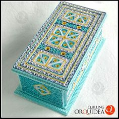 Quilled jewellery box