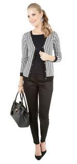 Look Trabalho <3 Seu ar é moderno e urbano  usa muito preto e branco. É decidida na compra e adora looks completos. Abusa do clássico nas camisas blusinhas e calças de alfaiataria com corte reto. É prática e discreta nos acessórios! Fica bem de salto sandálias e sapatilhas de tons neutros. Perfeito para desfilar seu charme no escritório happy hours e jantares.   COMPRE ESSE PRODUTO NESSA LOJA: http://ift.tt/2ayPWKc