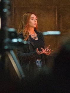 New photos of Elizabeth Olsen on set of Avengers: Infinity War