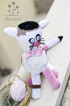 pink mamakka cat