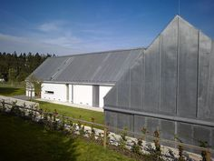 house kloko prague studio pha white barn gray remodelista better gathering place for christmas than this barns amp living Living In A Shed, Modern Barn House, Shed Homes, Small Buildings, White Barn, Country Style Homes, Plantar, New Home Designs, Old Houses