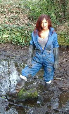 Uploaded from Yahoo! Mudding Girls, Mud Boots, Hunter Boots Outfit, Rubber Gloves, Rain Gear, Helen Mirren, Cute Characters, Raincoat, Mudder
