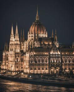 One of the most wonderful building in Europe! ❤🙌🏽 I'm so lucky to live in a city like which is… Hungary Travel Destinations Places Around The World, The Places Youll Go, Places To Visit, Around The Worlds, Hungary Travel, Voyage Europe, Belle Villa, Parcs, Travel Aesthetic
