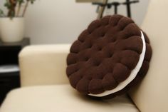 Cute gift for gourmands. Sandwich cookie pillow perfect for any interior. Very tasty – a unique product by crafti via en.DaWanda.com