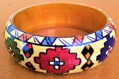 Bracelet-BOIS-PEINT-VERNI-wooden-painted-varnished-multicolore-rigide-ethnique