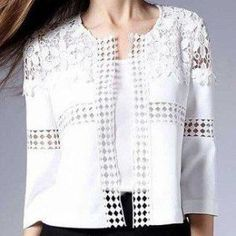 Casaqueto com entremeio - women's passion fashion Crochet Clothes, Diy Clothes, Diy Kleidung, Classic Outfits, Classic Clothes, Refashion, Blouse Designs, Mantel, White Lace