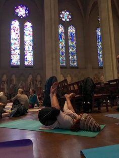 Cool Things in San Francisco: Yoga at the Altar #yoga #sanfrancisco #travel #fitness https://tanikathacker.com/2016/08/05/cool-things-in-san-francisco-yoga-at-the-altar/?utm_campaign=coschedule&utm_source=pinterest&utm_medium=Tanika&utm_content=Cool%20Things%20in%20San%20Francisco%3A%20Yoga%20at%20the%20Altar