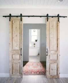 Cool 30 Perfect Farmhouse Sliding Barn Door Design And Decoration Ideas To Try. Antique French Doors, Sliding French Doors, Double Barn Doors, French Doors Bedroom, Vintage Doors, Solid Doors, Sliding Barn Doors, Barn Style Doors, Barn Door Sliders