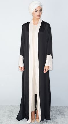 Everyday Abayas More Más Arab Fashion, Islamic Fashion, Muslim Fashion, Modest Fashion, African Fashion, Trendy Fashion, Modern Abaya, Modele Hijab, Hijab Dress