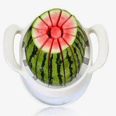 Abrach Importados: Uma melancia ou um melão cortado por uma criança!?...