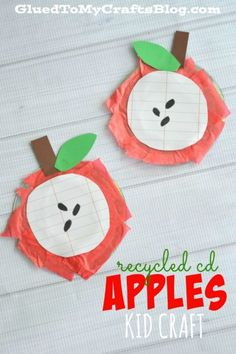 Recycled CD Apples - Kid Craft Recycled CD Apples - check out our fall themed tutorial that practices cognitive skills with your child and is a simple & inexpensive craft idea Easy Fall Crafts, Halloween Crafts For Kids, Crafts For Kids To Make, Kids Crafts, Daycare Crafts, Recycled Cd Crafts, Recycled Glass, Fruit Crafts, Apple Crafts