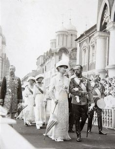 The Russian Imperial family in Moscow during the tercentenary celebrations, 1913.