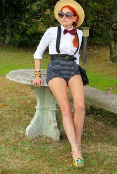 The wardrobe of Ms. B: Lago Maggiore