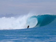 SurfCareers is a global employment website for the Surf Industry. Find awesome jobs. Find awesome employees!