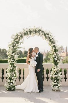 I am completely speechless at the ultra #WeddingGoals this incredible Sophisticated Florence Destination Wedding is giving me!