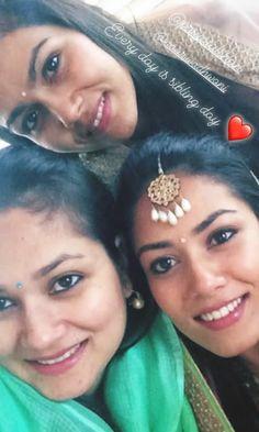 Mira Rajput, Indian Jewelry, Captions, Eyebrows, Bollywood, Selfie, Drop Earrings, Jewellery, Tv
