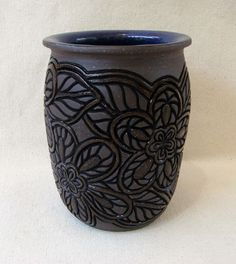 Hand Carved Vase - nice carving job beautiful clay body