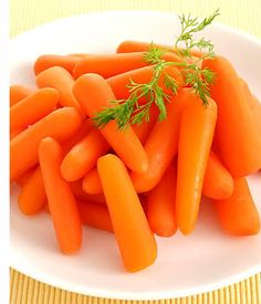 Carrots decrease the chance of macular degeneration, the leading cause of ...