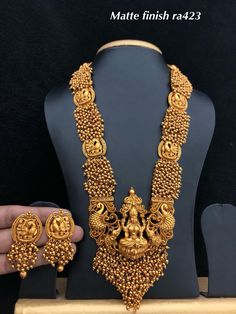Jewellery Places Near Me and Ethical Jewellery Meaning. Costume Jewellery Near Me that Jewellery Box Jewellery Gold Temple Jewellery, Gold Jewellery Design, Silver Jewelry, Jewellery Box, Jewellery Shops, Handmade Jewellery, Tanishq Jewellery, Jewellery Sketches, Antique Jewellery