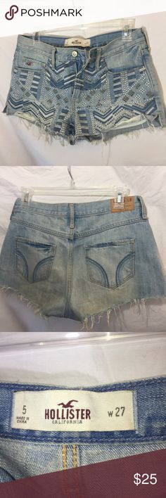 Festival Ready! Studded Geo Print Hollister Shorts Size 5/27 Flat measurements waist 15.5 rise 9 inseam 2 inches. 100% Cotton. Cut off shorts PLEASE NO TRADES! NO P PA L! NO MRCRI! Open to offers but please remember to be reasonable. I have a bundle discount up right now but let me know if you wanna knock off a few more dollars. Hollister Shorts