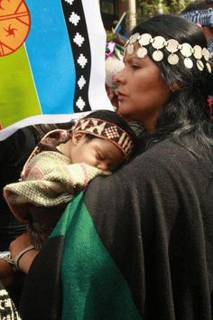 """Mapuche means """"people of the land"""". Like all the American Native Nations We Are The World, People Around The World, Beautiful World, Beautiful People, Beauty Around The World, Mothers Love, Mother And Child, World Cultures, First Nations"""