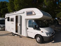 Enjoyment and convenience are what you need, and what you need is what you get with TEC Freetec Never compromise your comfort on the road. Metering Photography, Motorhome Rentals, Campervan, Recreational Vehicles, Camping, Travel, Rv, Campsite, Viajes