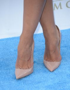 Rocsi Diaz Photos Photos - TV personality Rocsi Diaz (shoe detail) arrives at the 2013 Billboard Music Awards at the MGM Grand Garden Arena on May 19, 2013 in Las Vegas, Nevada. - Arrivals at the Billboard Music Awards — Part 3