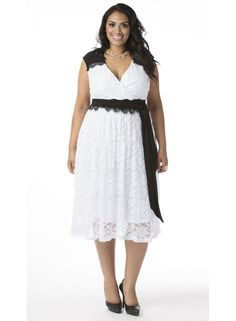 Berenice Lace Dress in White