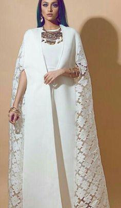 Fashion Tips Illustration .Fashion Tips Illustration Islamic Fashion, Muslim Fashion, Modest Fashion, Abaya Fashion, 80s Fashion, Fashion Outfits, Petite Fashion, Korean Fashion, Boho Fashion