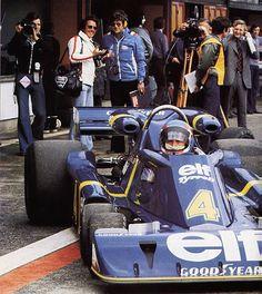 Patrick André Eugène Joseph Depailler (FRA) (Elf Team Tyrrell), Tyrrell P34 - Ford-Cosworth DFV 3.0 V8 (RET) 1976 British Grand Prix, Jarama 1976