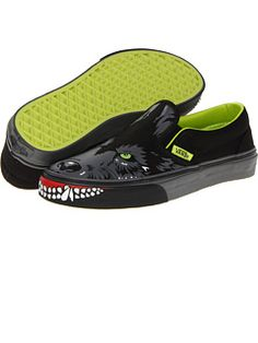 Vans Kids at Zappos. Free shipping, free returns, more happiness!