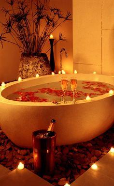 Bath + petals + candles + wine = PERFECT <3