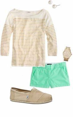 Stitch Fix Stylist- love everything about this outfit! Looks relaxed yet still classy/preppy. I recently bought mint shorts so a top to go with it. Fashion Now, Womens Fashion, Swag Fashion, Fashion Pants, Fashion 2017, Fasion, Style Fashion, Fashion Shoes, Fashion Jewelry