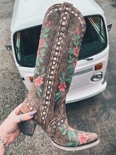 Cute Cowgirl Boots, Womens Cowgirl Boots, Boho Boots, Cowgirl Outfits, Fringe Boots, Cowgirl Style, Western Style, Cute Shoes, Me Too Shoes