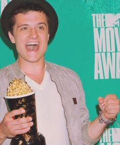 Yes!!!!!!!!!!! Josh won best male actor!!!!!!!!!!!!!!