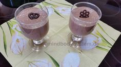 Chia Samen mit Kokosmilch - eine gesunde Basis für die leckersten Desserts. Hier heißt es: schlemmen ohne Reue. Chia enthält viel Omega 3 Fettsäuren.