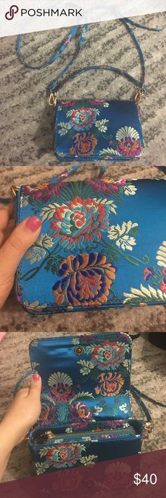 Silk Floral Embroidered Purse Gorgeous statement purse; Embroidered flora design; removable straps Steve Madden Bags Crossbody Bags