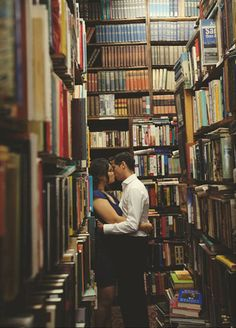 Engagement in a Bookstore. photos/wedding day that describe the bride/groom. Engagement Pictures, Engagement Shoots, Engagement Photography, Wedding Pictures, Wedding Engagement, Wedding Photography, Photography Ideas, Vintage Engagement Photos, Indoor Photography