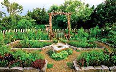 Vegetable Garden Design Inspiration - Le Potager | foyupdate.blogspot.com