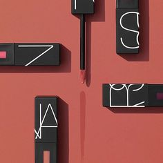 Hot tip: @NARSissist's Powermatte Lip Pigment custom applicator is *super* precise—and you only need one swipe