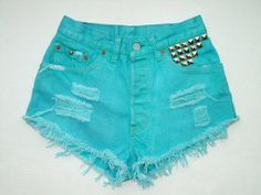 18 Short Pants With Studs