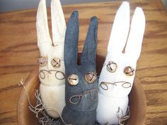 Trio of 3 Primitive Grungy Small Bunny Bowl Fillers by MondaysChildPrims, $8.00