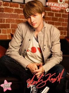 Sterling Knight - I had THE biggest crush on him! Chad Dylan Cooper, Sterling Knight, Sonny With A Chance, Melissa & Joey, Disney Channel Stars, Big Crush, O Donnell, Tumblr Boys, Gorgeous Men