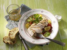 Mariniertes Putensteak mit Tomatensalat #Pute #Gefluegel #Rezept #Rezepte #Genuss #Kochen #Grillen
