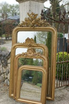 Gilt mirrors Beautiful Interior Design, Decor Interior Design, Interior Decorating, Living Room Colors, Living Room Designs, Antique Interior, French Interior, Shabby Vintage, Vintage Style