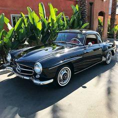 1957 Mercedes-Benz #190SL Black with Red Interior ⚫️. Pic via instagram (classiccarcorral) / #190SLRestorations #BruceAdams190SL