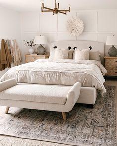 Neutral Bedroom Decor, Room Ideas Bedroom, Dream Bedroom, Home Bedroom, Modern Boho Master Bedroom, Bedroom Furniture Sets, Bedroom Wall, Old Home Remodel, Suites