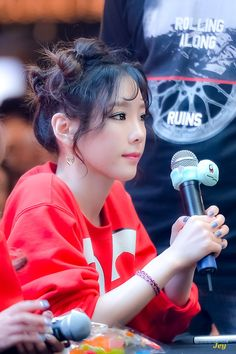 Taeyeon 170813 Holiday Night Fansign